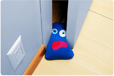 16 Creative and Cool Doorstops (16) 5
