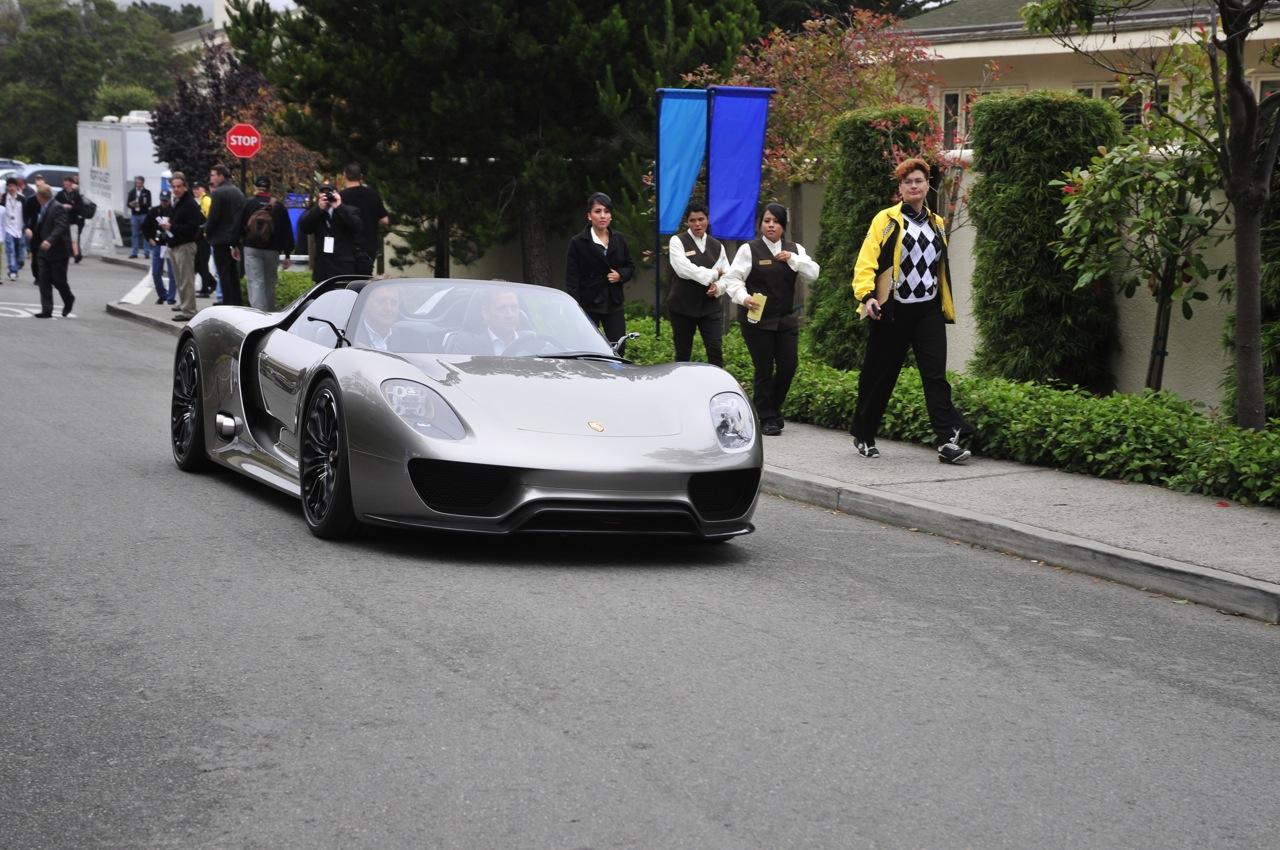 http://1.bp.blogspot.com/_NpeIbAsXPso/TG0rjJ4pFFI/AAAAAAAAHBk/dKORpG28XMM/s1600/Porsche+918+Spyder+Concept+003.jpg