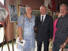 Lia e marito con il Vice Sindaco di Lurago d'ERBA! Grazie universitè d'ETE'!