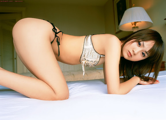 PHOTOS PICTURES BEAUTIFUL ASIAN WOMEN SEXY YOUNG ASIAN MODELS