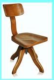 cadeira giratória de madeira estilo vintage, estilo antiguidade