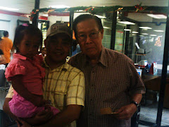 Me, my daugther and Augusto Victa (Tata Ogot), director of Tiya Dely drama program