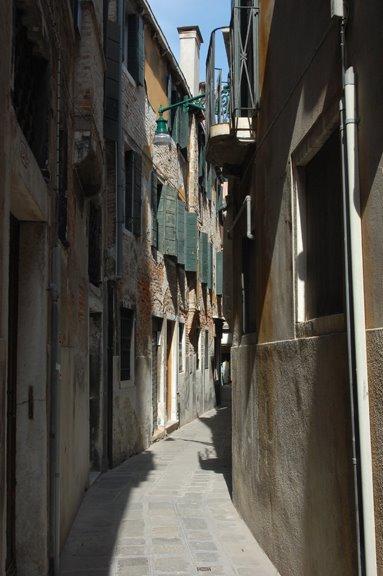 [Street+where+I+lived.jpg]