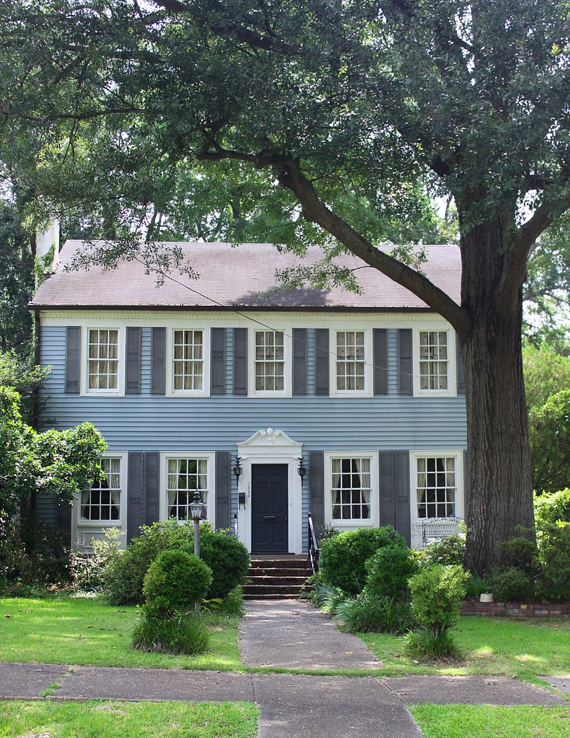 What Color Door For A Gray House. Navy Blue House Thick White Trim ...