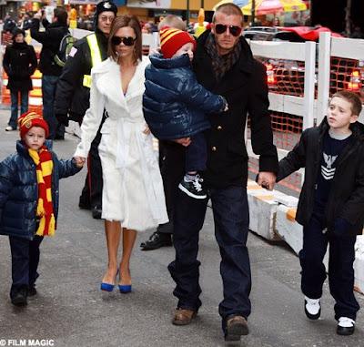 صور عائلة ديفيد بيكهام ، صور اللاعب بيكهام وزوجته واولاده