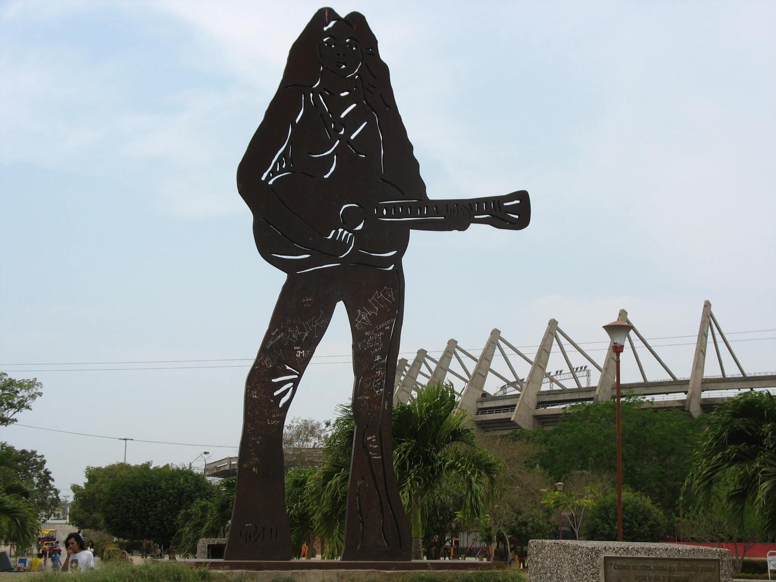 http://1.bp.blogspot.com/_Nuta_CQvImI/TP3_OG0yPMI/AAAAAAAAEsY/jL8N-slYzXo/s1600/Statue-of-Shakira-Escultura-de-Shakira-in-Barranquilla-Colombia.jpg