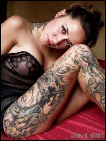 New Tattoos gallery: Women In Full Body Tattoo Design