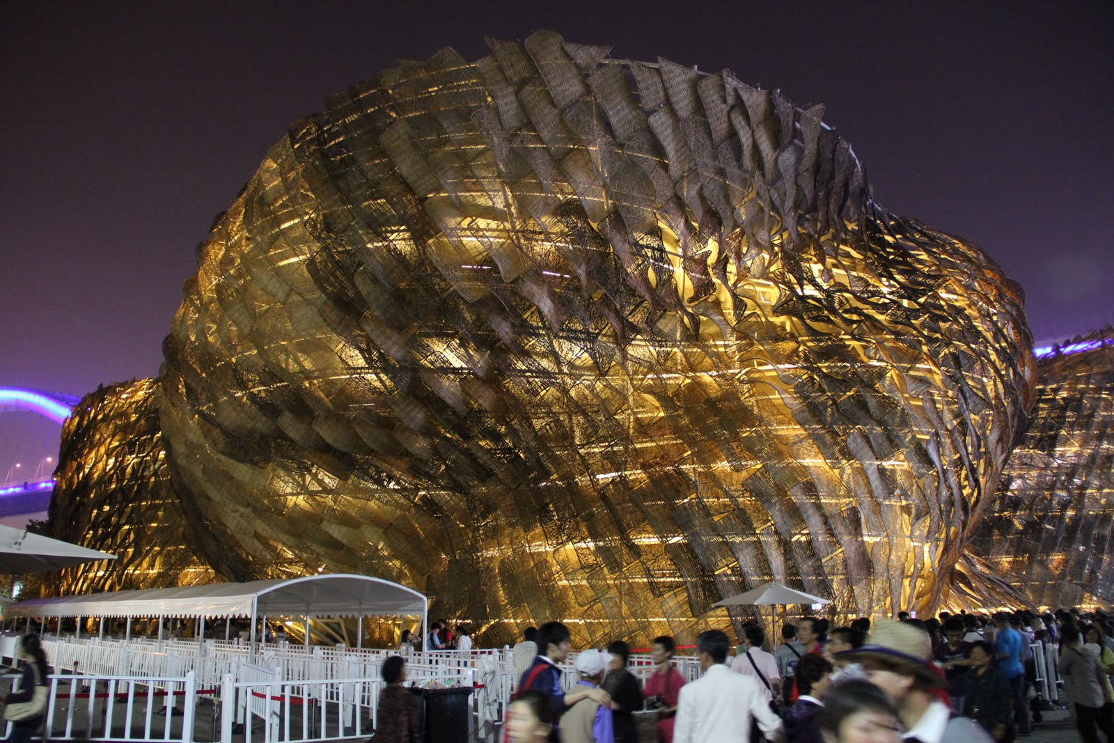 Jafri merican architect travels the spanish pavilion for Expo 2010 pavilions