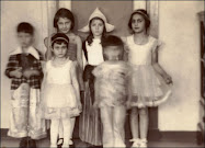 Anne & Margot Frank with friends