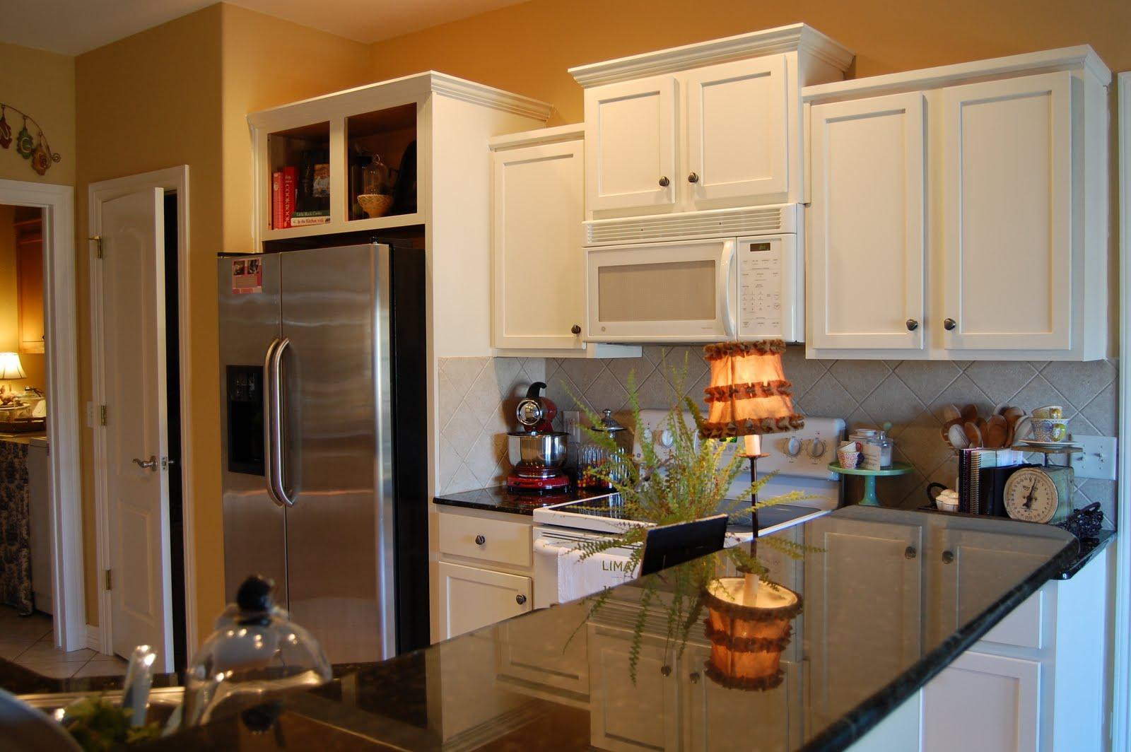 Kitchen Cabiabove Fridge