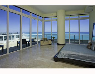 South Beach condo in Continuum Miami Beach