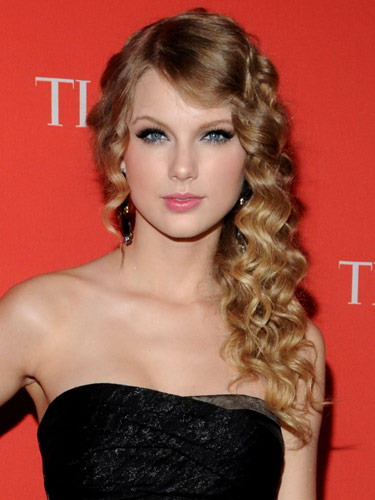 Taylor Swift Natural Hair, Long Hairstyle 2011, Hairstyle 2011, New Long Hairstyle 2011, Celebrity Long Hairstyles 2103