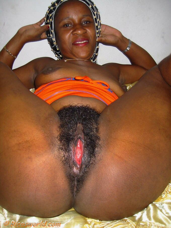 ass Mature black women