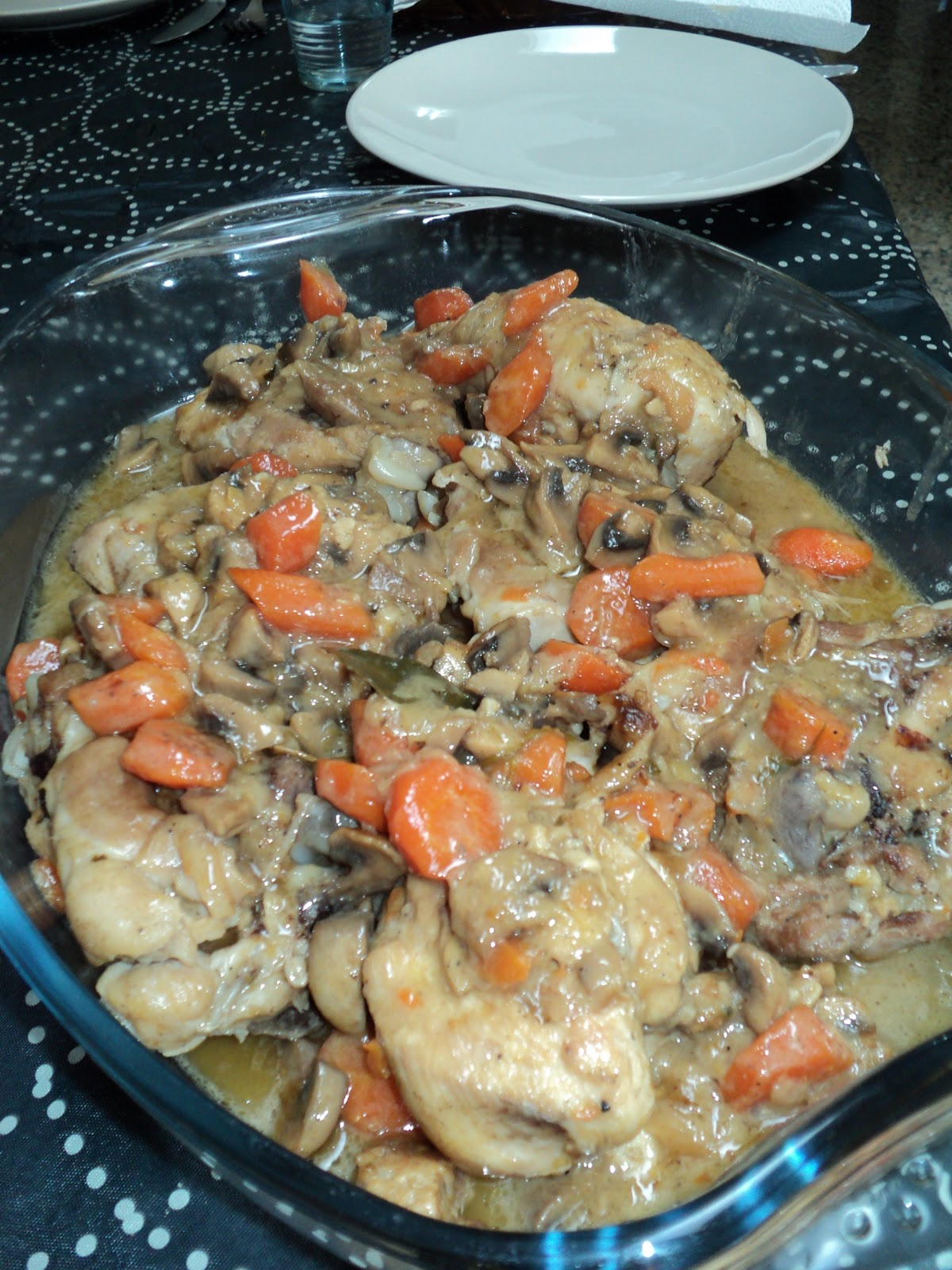 Cocinar para los mios pollo en salsa con zanahorias y for Cocinar zanahorias