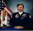 Biografía de John W. Young [Astronauta - Epacio - NASA]