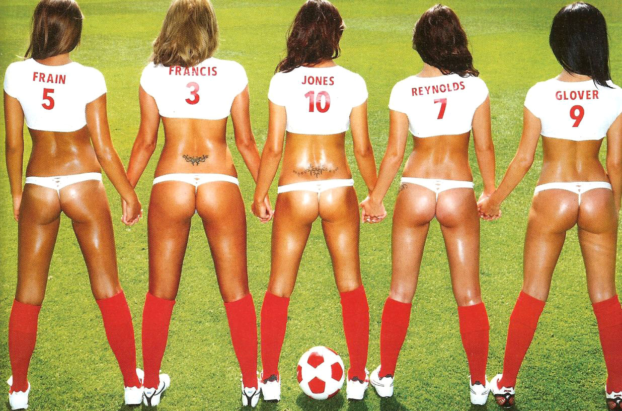 http://1.bp.blogspot.com/_O0JPCx_E87c/TCBrbk2MsCI/AAAAAAAAA2I/IWXgHcODMfc/s1600/rosie-jones-football-06.jpg