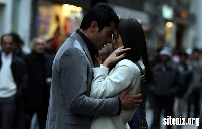 ezel cansu dere öpüşme sahnesi