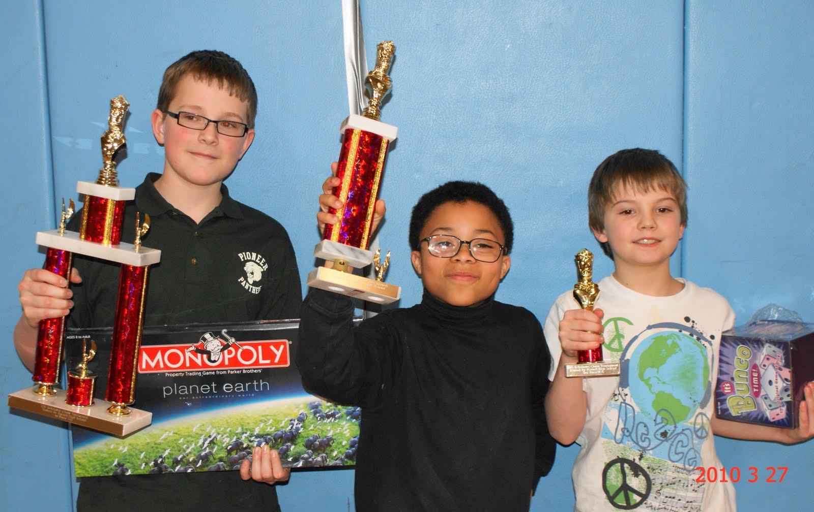 http://1.bp.blogspot.com/_O0mkaJL-Mpo/S7IHMyW9KdI/AAAAAAAAFSU/FBIufErwWHk/s1600/k+-+6+winners.JPG