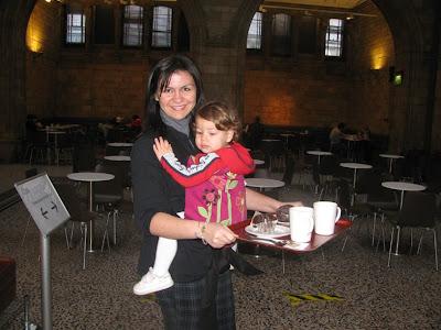 Με το μωρό αγκαλιά και τα χέρια ελεύθερα!