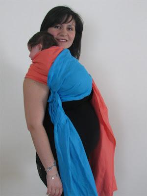 Ιδανική θέση για μωράκια με κολικούς ή παλινδρόμηση