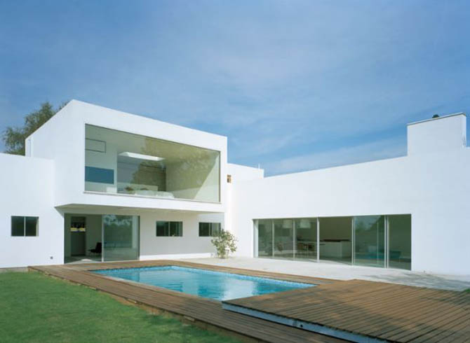 Myblogcarissa white architecture clean simple and pure for Modern minimalist villa