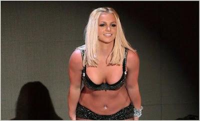 Confirmed: Britney To Open VMAs