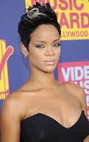 riri+close+up 2008 MTV VMA: Arrivals
