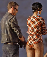 Rihanna & Justin Timberlake On The Set Of 'Rehab'