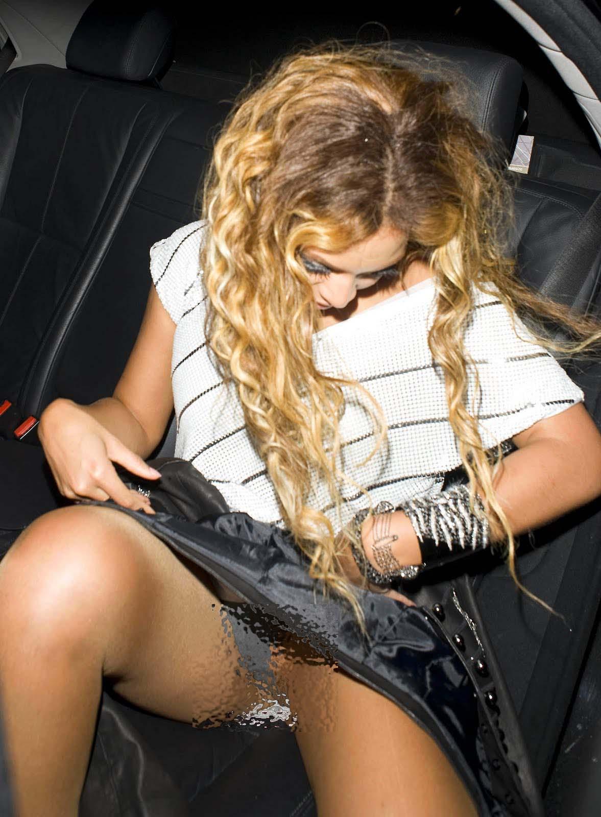 http://1.bp.blogspot.com/_O5GTW8d1sx0/Sw8mLSuOxkI/AAAAAAAAAJ0/buGaKsh1k7M/s1600/Beyonce+Panty+Upskirt_1.jpg