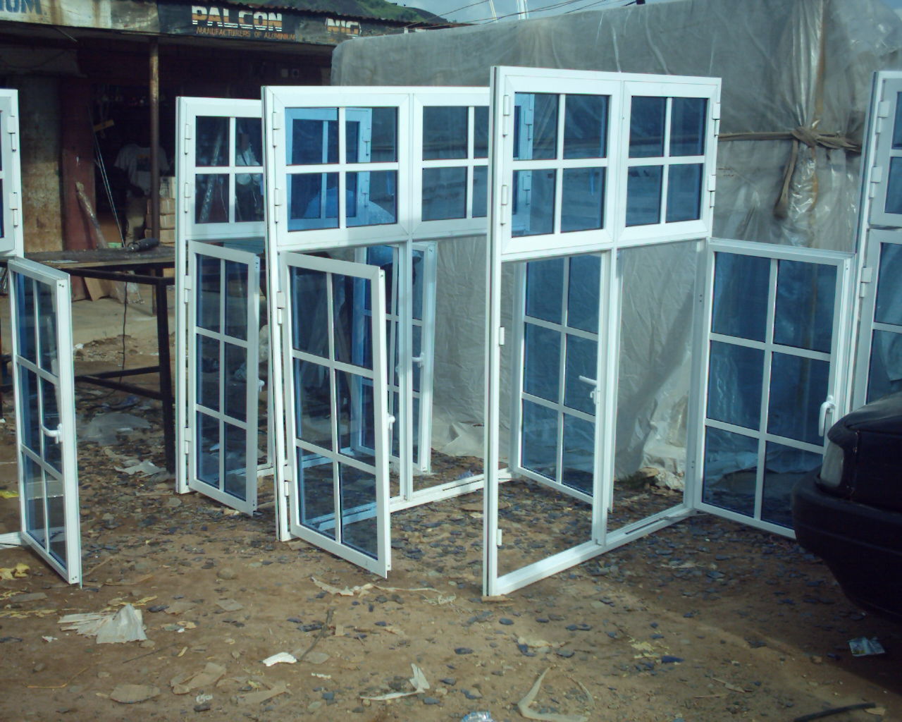 Aluminium windows and doors aluminum doors and windows for Widows and doors