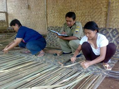 salah satu hasil hutan bambu rakyat hutan bambu rakyat di wilayah ...