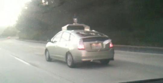 mobil-setir-otomatis-google.jpg