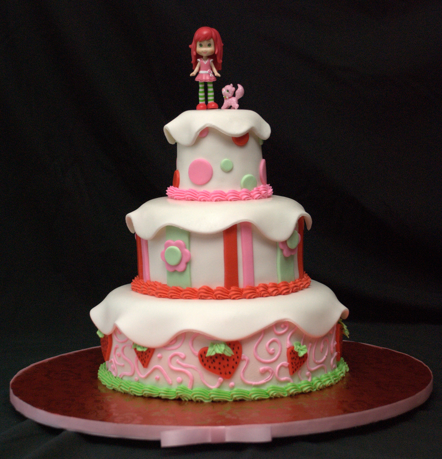 Zoey's Delights: Strawberry Shortcake Cake