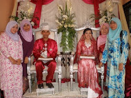 menghadiri majlis perkahwinan Mazliza