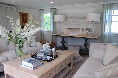 Hampton designer showhouse pool house by lillian august for Hamptons beach house interior design