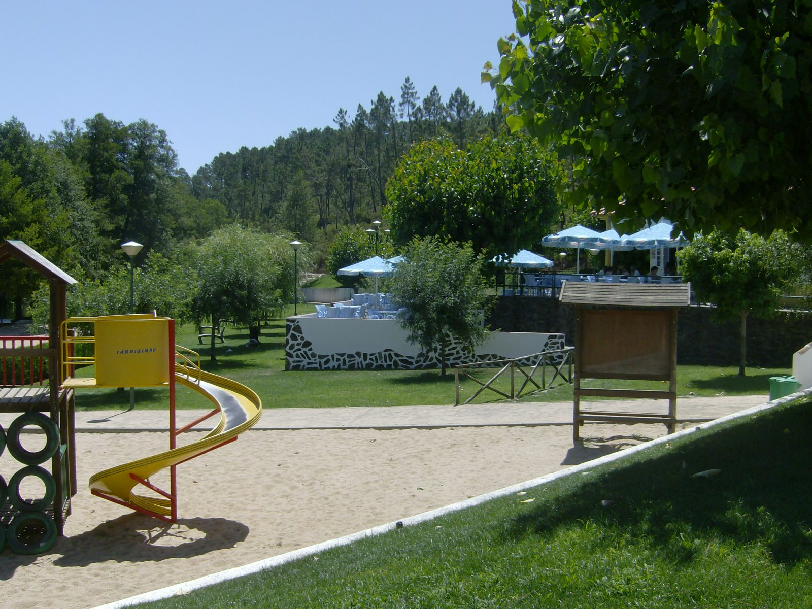 Olhar oleiros oleiros praias fluviais em destaque for Piscina municipal oleiros
