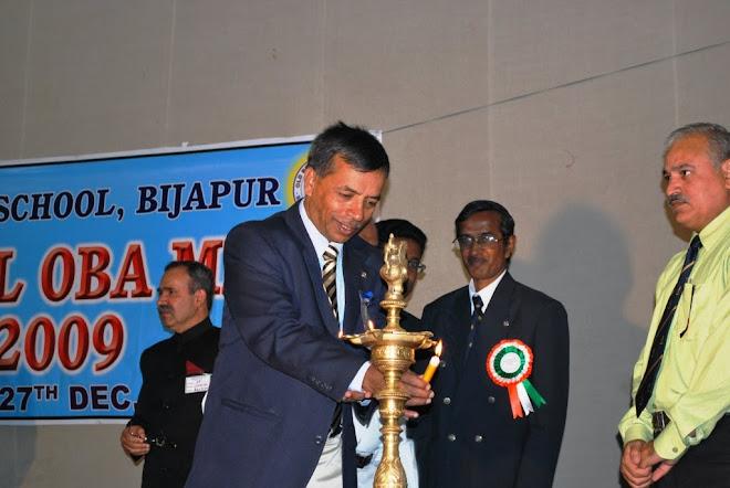 1.Ajeet Major General VS Soman Goudar lighting the lamp OBA Meet, Dece 2009