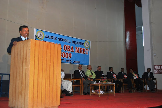 2.Ajeet Major General VS Soman Goudar, UYSM, AVSM, VSM, addressing Ajeets at SSBJ Campus Dece 2009