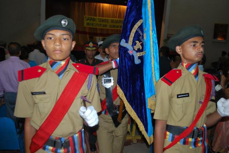 Maj Gen VSS Goudar - with the School flag
