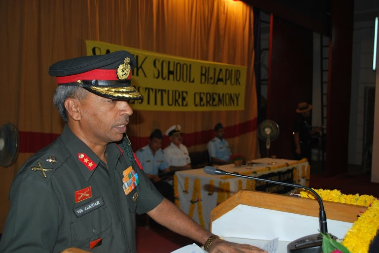 Maj Gen VSS Goudar addressing the Ajeets & Staff