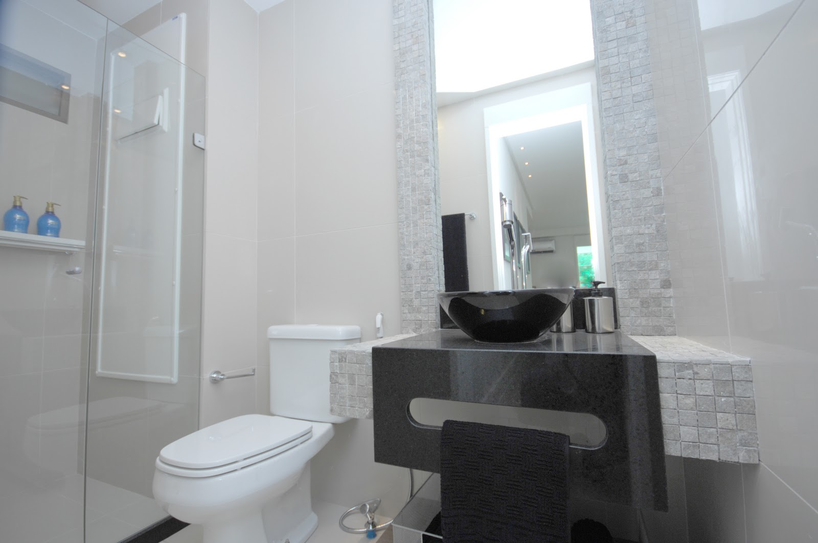 10) Ventilação do banheiro #50677C 1600 1063