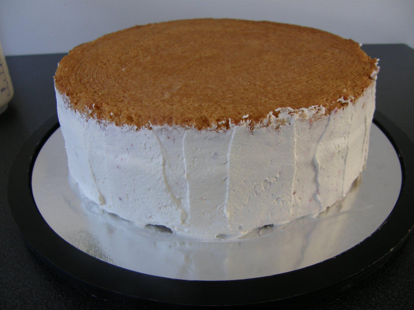 spackla tårta med grädde