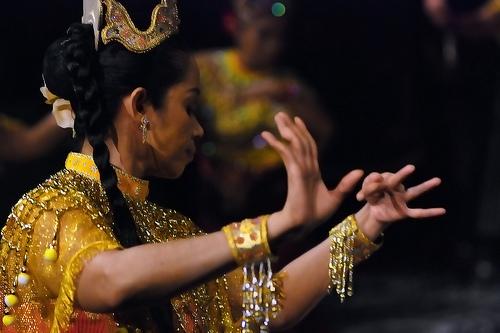 BUDAYA: MAK YONG