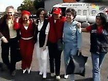 Piedad Córdoba e venezuelanos com Clara e Consuelo