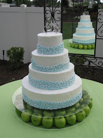 4-tier round buttercream and fondant