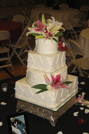 4-tier square and round fondant