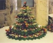 350-cupcake tree