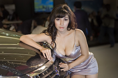 Every Beautiful Woman Arrives To Work As Spg Always Look Attractive And Beautiful And Sexy Its All In Order To Attract Consumers To Be Attracted To Her