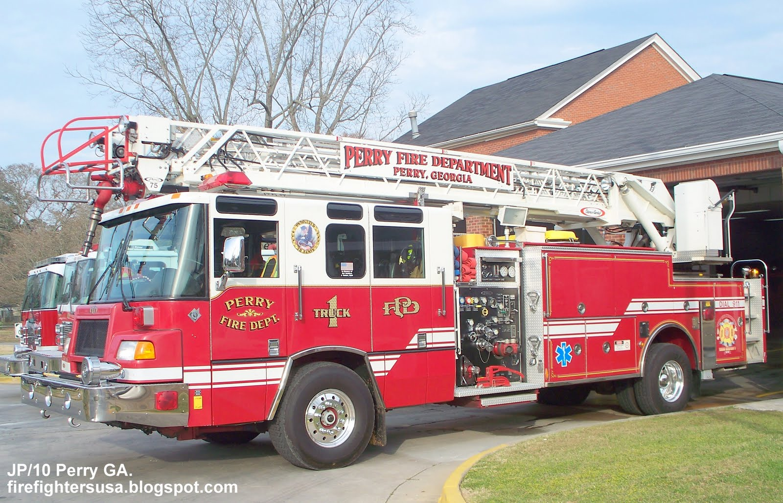 fire department The police and fire-rescue departments work together within our communities to provide the highest level of quality service and protection from neighborhood watch to 9-1-1 services, our.
