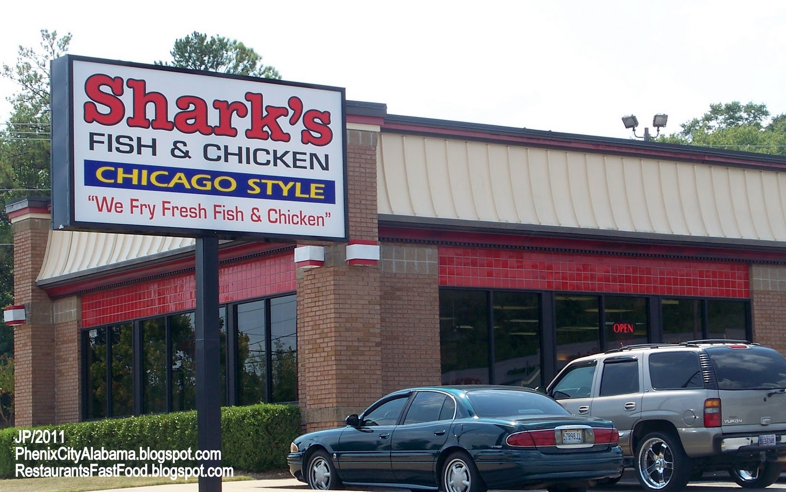 Shark S Phenix City Alabama Hwy 280 Menu Fried Fish En Chicago Style Fast Food Restaurant